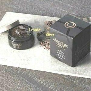 Monat Chocolate Shower Gift Set Body Scrub in Box